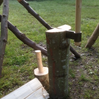 cleaving logs with froe and maul rustic ash chairs workshop