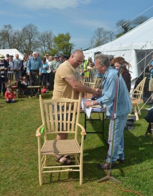 mark griffin, rustic ash chairs collecting prize winnings at bodgers ball 2016
