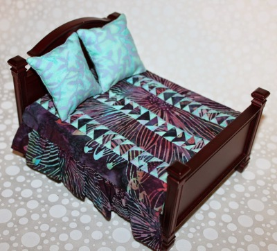Aqua and Burgundy doll house quilt set