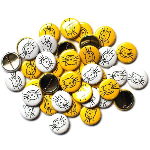 K Classic Cat Buttons
