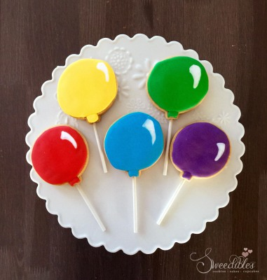 Balloon Cookie Pops
