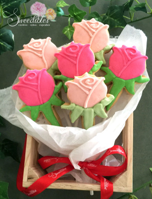 Roses Cookie Bouquet