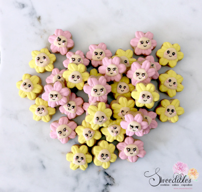Mini Flower Cookies