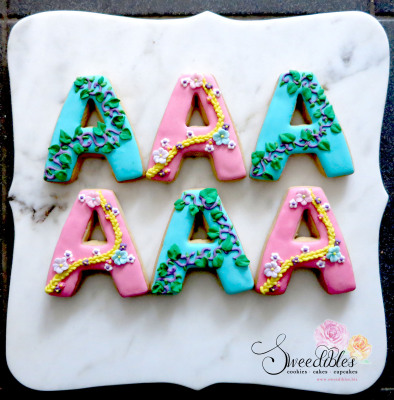 Rapunzel inspired alphabet cookie