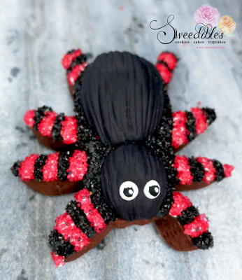 Red Spider Halloween Cookie