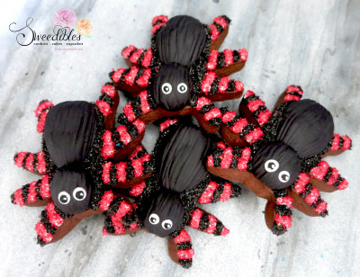 Red Spider Halloween Cookies