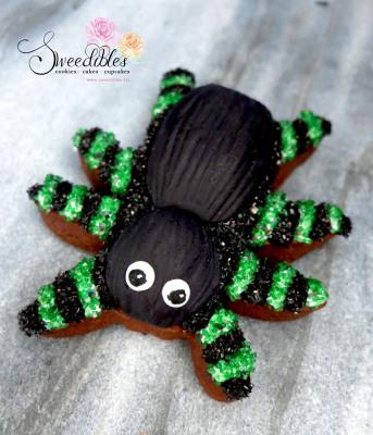 Green Spider Halloween Cookie