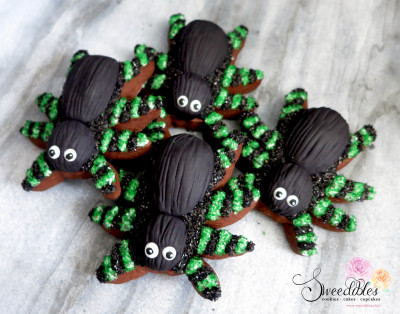 Green Spider Halloween Cookies