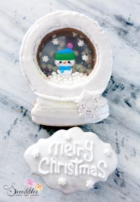White Snow Man Snow Globe Cookie