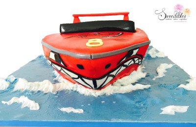 Speed Boat Cake