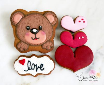 Bear Love Valentine Cookies