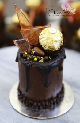 Individual Mini Chocolate Cake