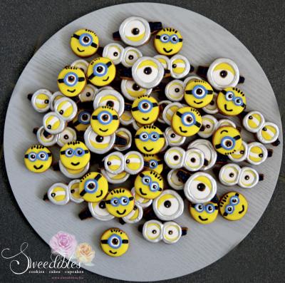 Mini Minions & Minion Eyes Cookies