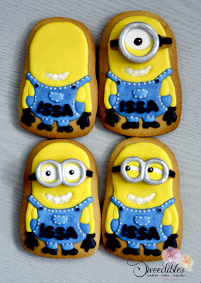 Build Your Own Minion Cookie - Personalised