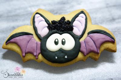 Halloween Bat Cookie
