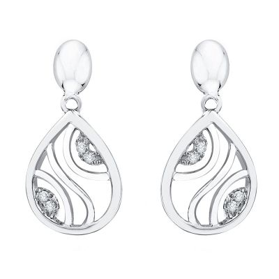 10k white Gold Earrings and Pendant Set with 1/20ct total weight in Diamonds.