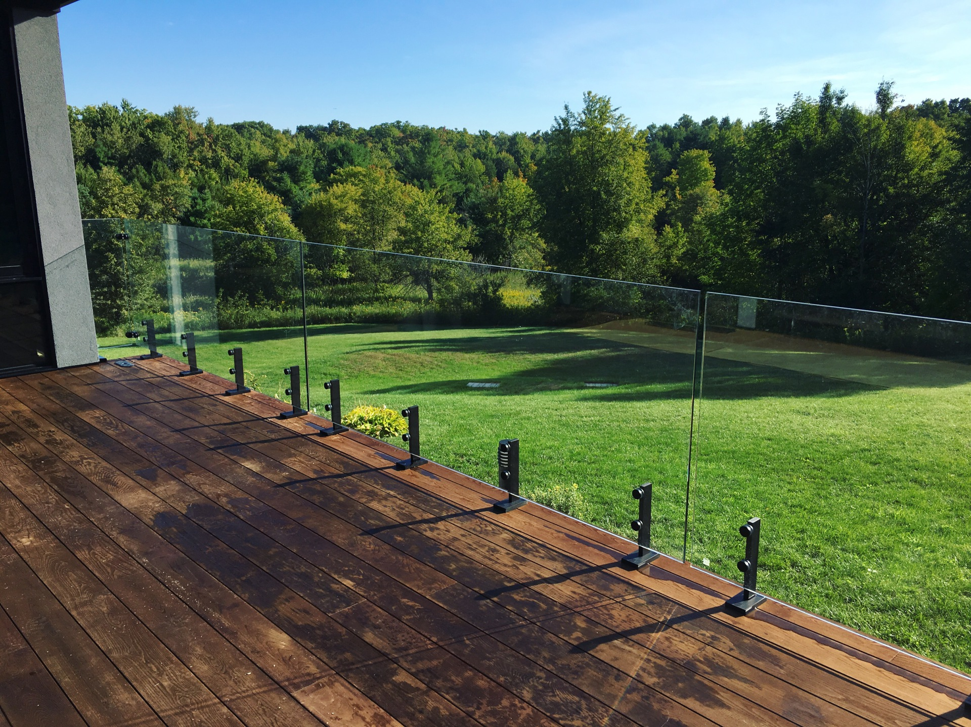 deck glass railings