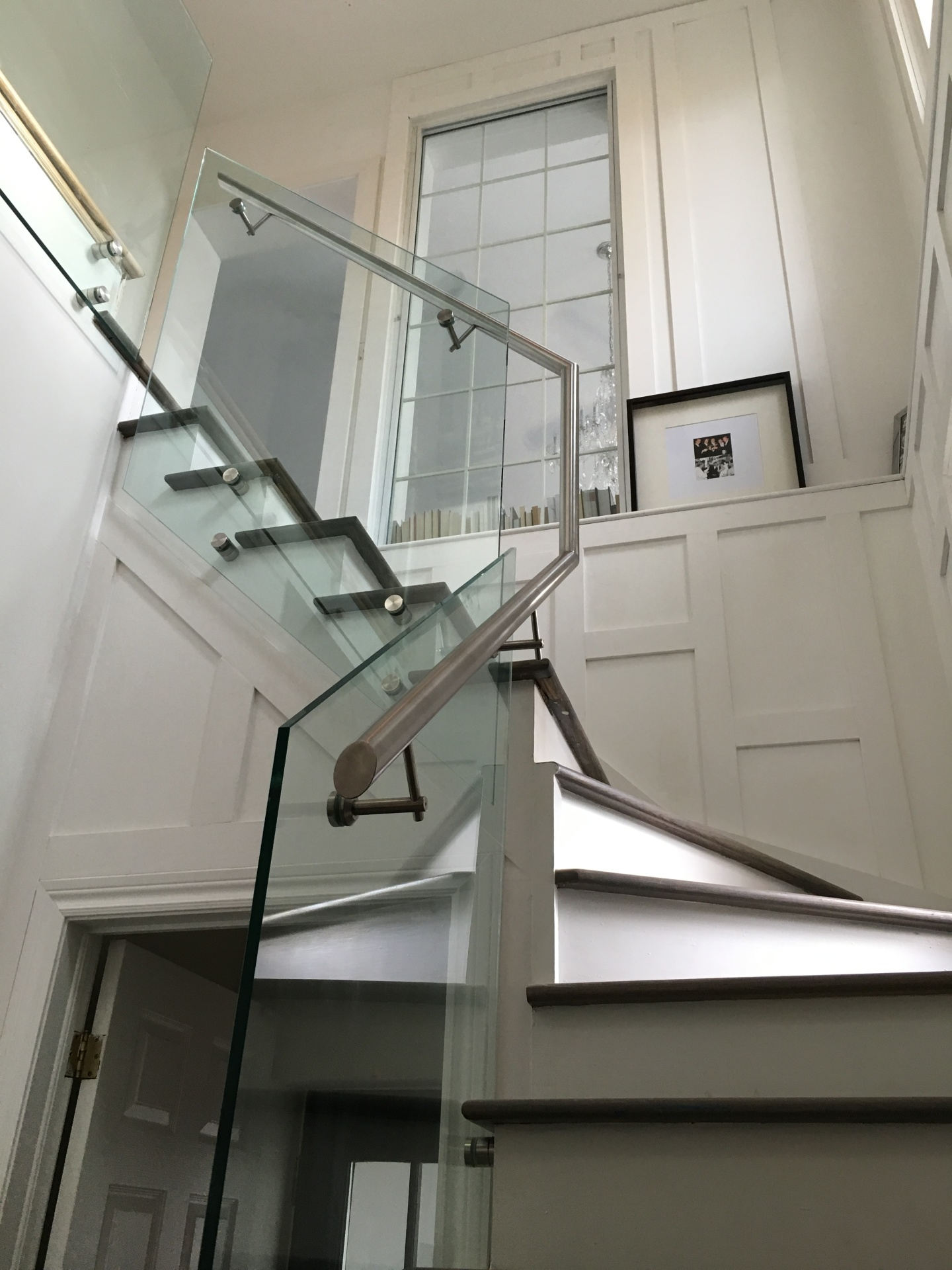 Custom Glass Railings Toronto