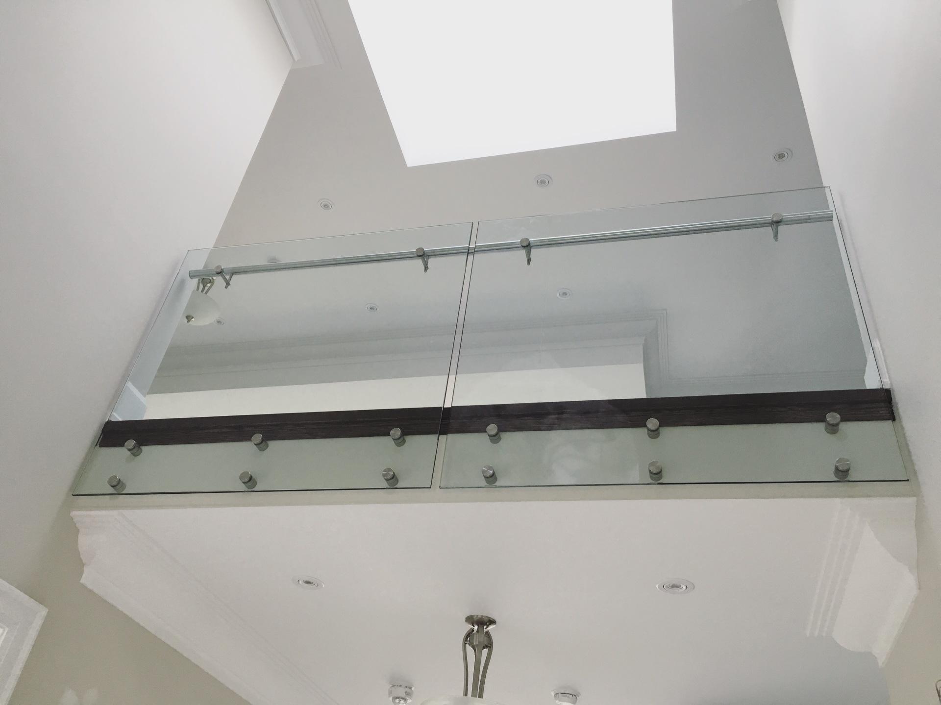 glass railings vaughn