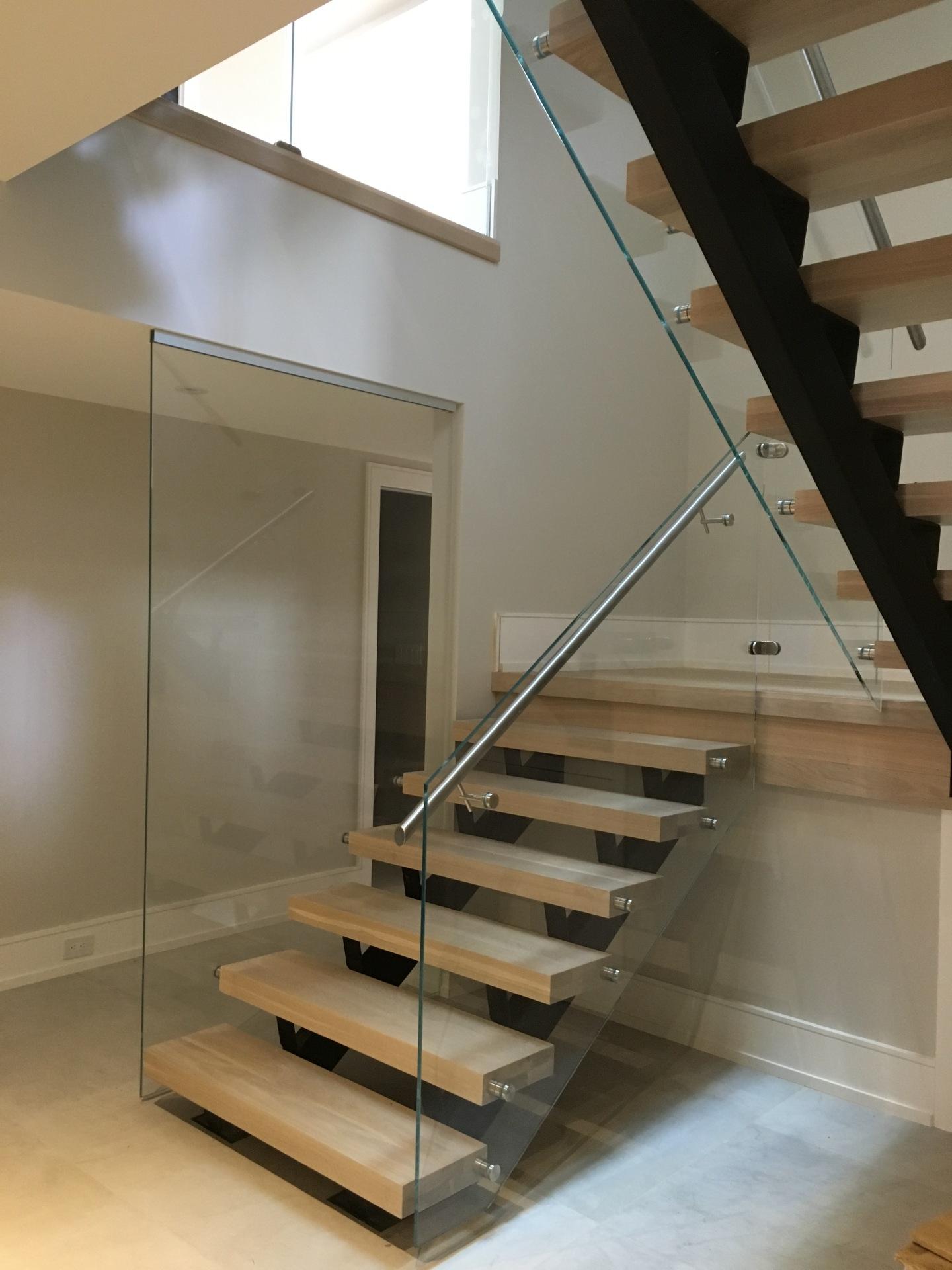 oakville glass railing
