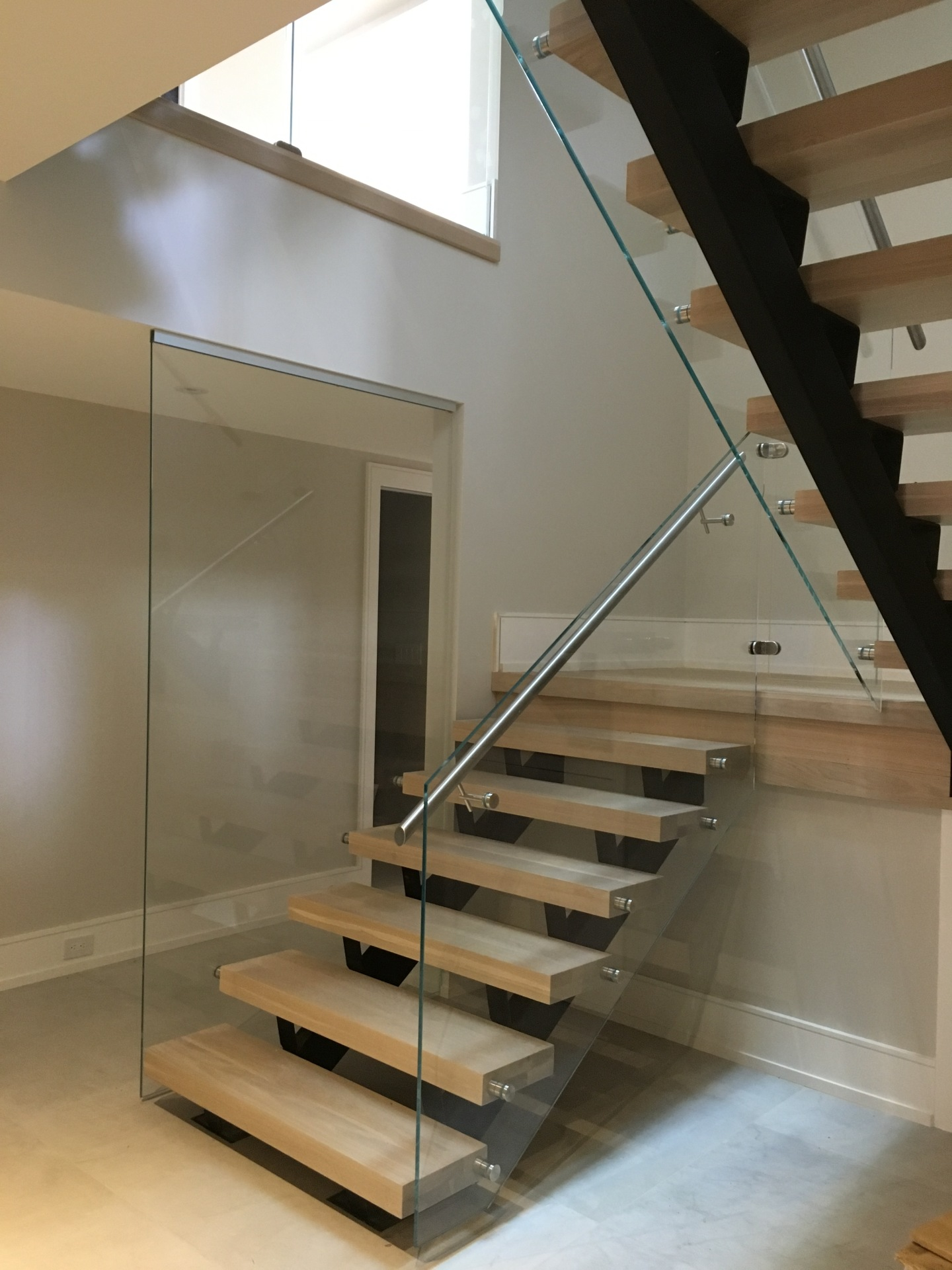 oakville glass railing