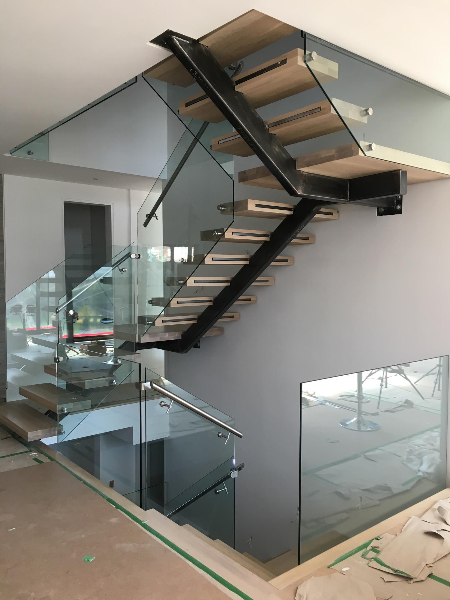 glass railing monobeam