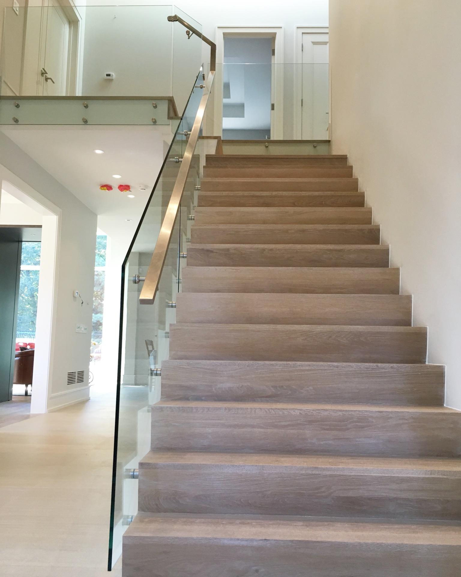 glass railing & handrail
