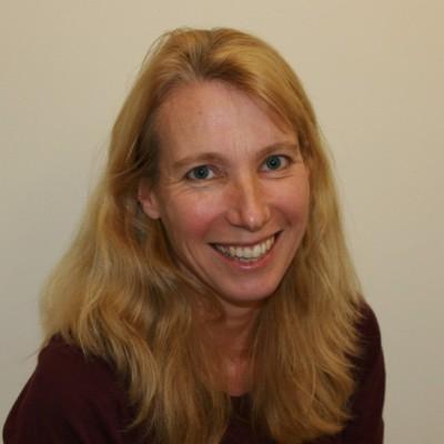Dr Melanie King