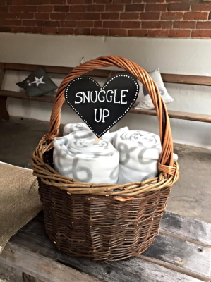 Blanket basket to snuggle up £10