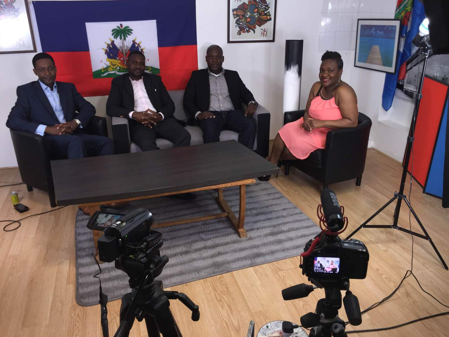 Hlive TV to discuss the Chamber (Paris, 2016)