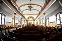 Main sanctuary of Modern Orthodox synagoge in The Heights.