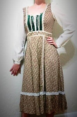 Vintage Gunny Sax bohemian peasant dress