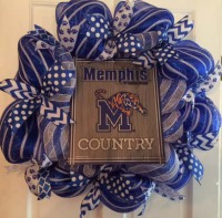 University of Memphis gray and blue wreath