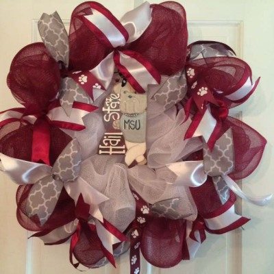 Mississippi State Hail State Wreath