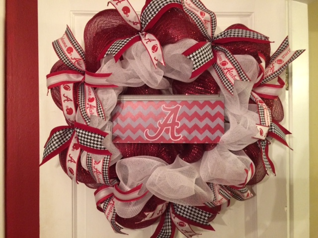 Alabama Crimson Wreath - chevron