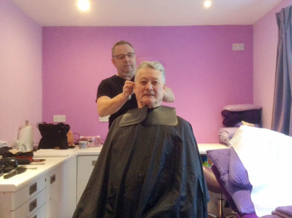 Smile with Simon in his hairdressing Salon