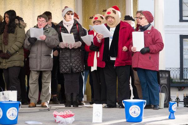Christmas Carol Singing 03