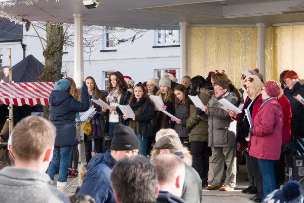 Christmas Carol Singing 04