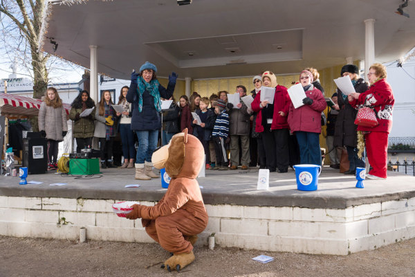 Christmas Carol Singing 19