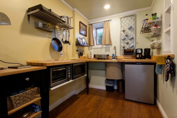 The Studio: The Kitchen
