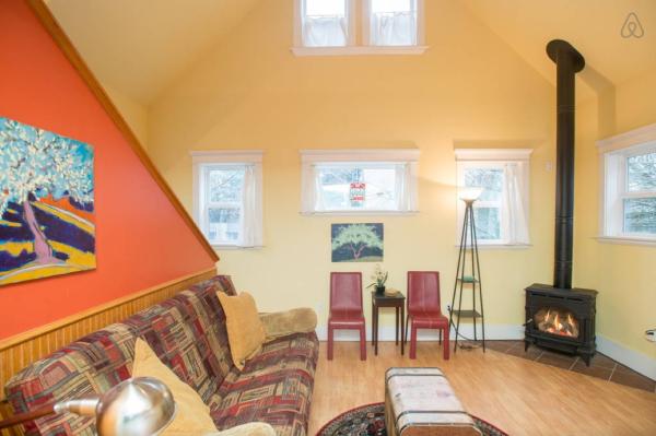The Loft: The Living Room