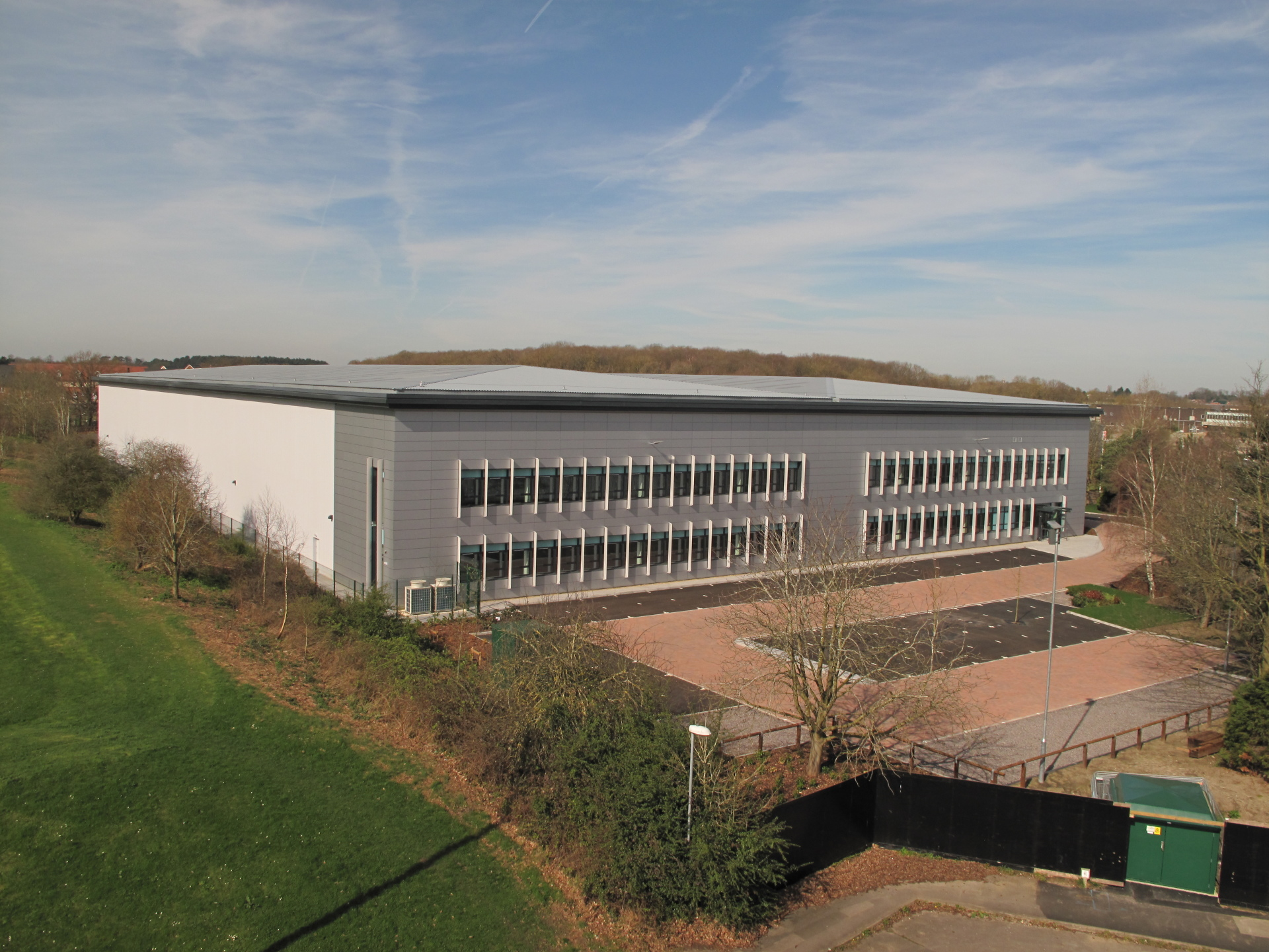 Daler-Rowney signs 20-year lease at 78,000 sq ft Bracknell warehouse