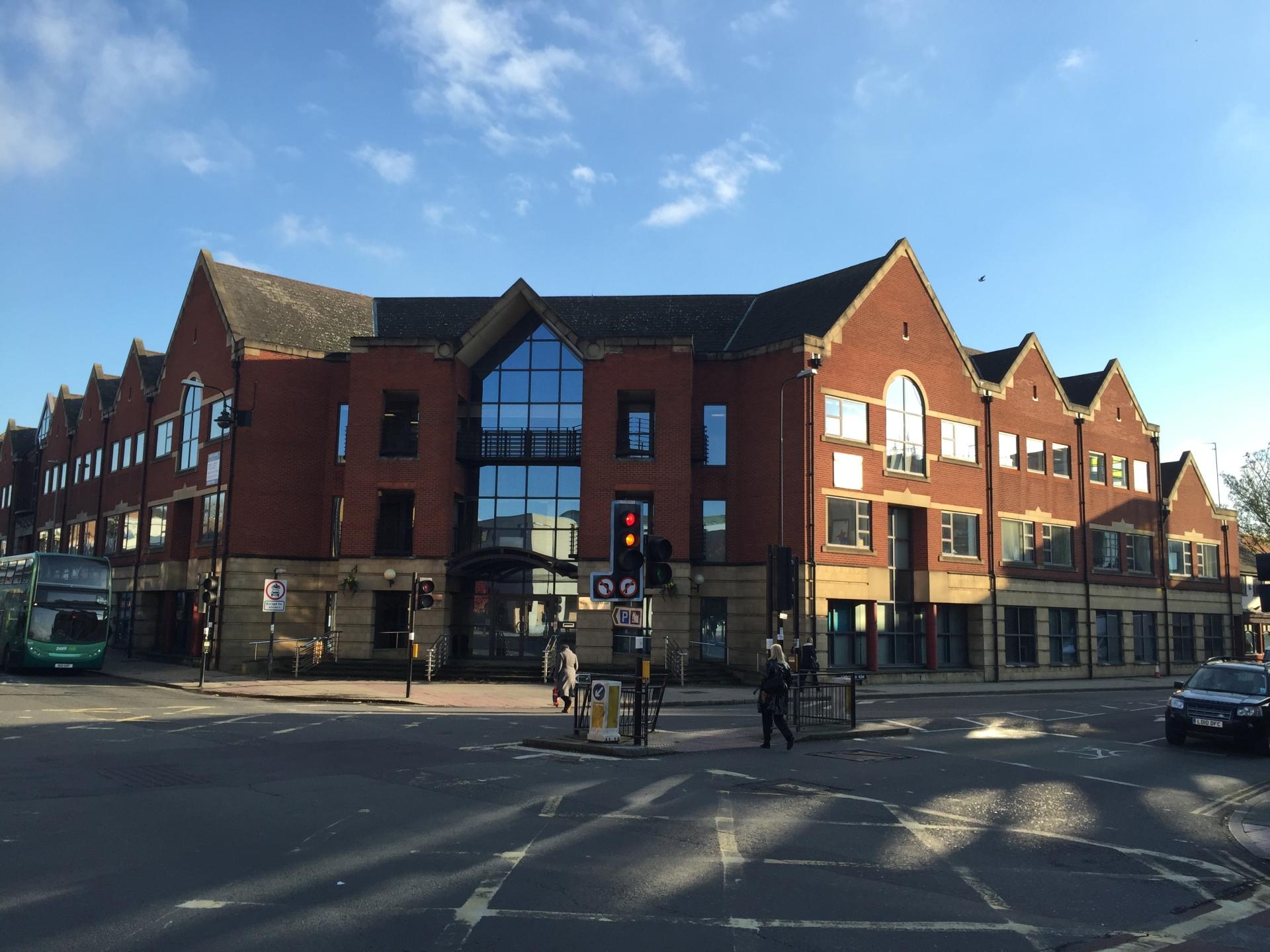 Oxford city centre rents hit £30 per sq ft