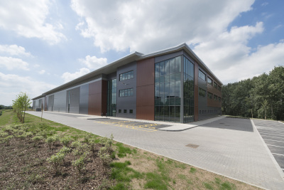 Argos takes 73,000 sq ft warehouse in Reading