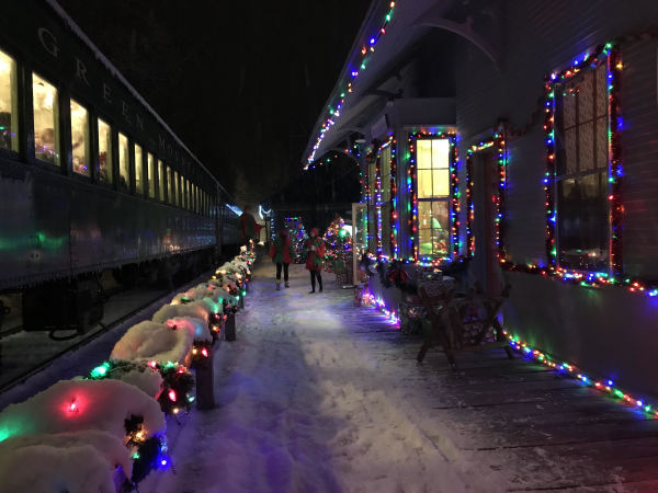 THE POLAR EXPRESS - WHITE RIVER