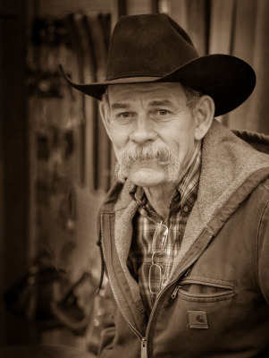 B&W - Saddle Maker - Ralph Nordenhold