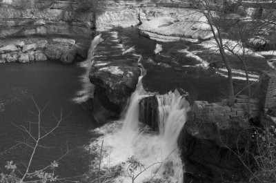 B&W - Catract Falls - Mike Smeltzer