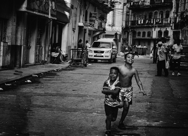 Streets of Havana by Sharon Deeny