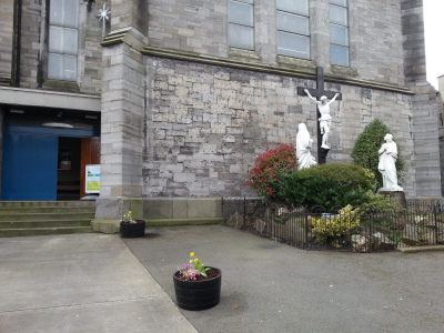Side entrance at Calvary shrine