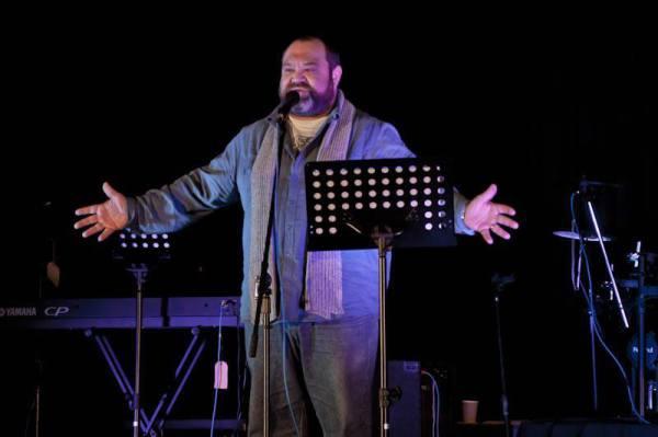 Andre Alblas live in stage